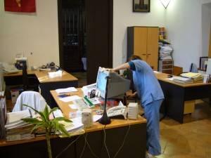 Limpieza de despachos y oficinas en valencia limpiezas for Horario oficina correos valencia
